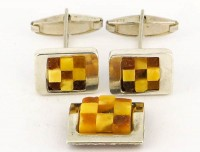 Beaux boutons de manchette en ambre sur argent massif