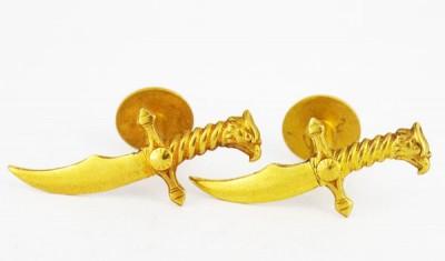 Boutons de manchette poignard an métal doré