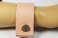Nice Manchette rose et bouton doré et nacre grise