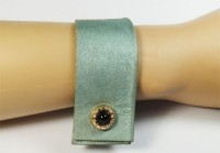 Nice Manchette gris bleu et bouton 1960 Or et onyx